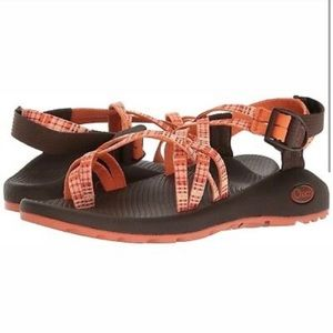 NWOT Chaco ZX2 Classic Patched Amber Size 9